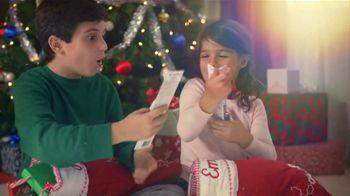 Spinbrush TV Spot, 'Stocking Traditions' - Thumbnail 5
