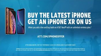 AT&T Unlimited TV Spot, '2018 Holidays: AT&T Innovations: Email: iPhone XR' - Thumbnail 9