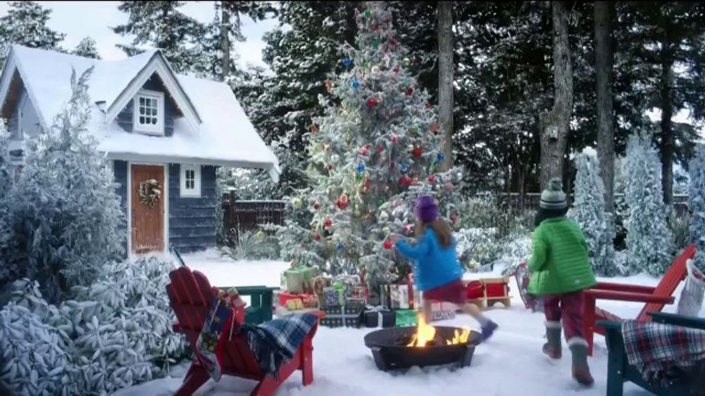 Ll Bean Christmas Commercial 2019 L.L. Bean Boots TV Commercial, '2018 Holiday: 25 Percent Off
