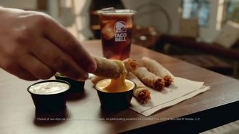 Taco Bell Rolled Chicken Tacos TV Spot, 'Sunset Heart Hands' - Thumbnail 10
