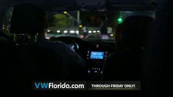 Volkswagen Better Year-End Clearance TV Spot, '2018 Black Friday: Tiguan' [T2] - Thumbnail 6