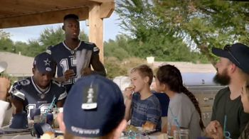 Ford TV Spot, 'The Dallas Cowboys: Thanksgiving With Families' Featuring Michael Gallup, Allen Hurns, Tavon Austin [T1] - Thumbnail 9