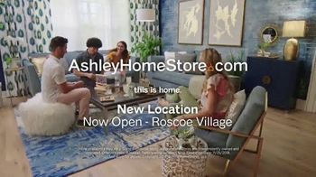 Ashley HomeStore Black Friday Sale TV Spot, 'Going on Now: Queen Beds and Sofas' Song by Midnight Riot - Thumbnail 10
