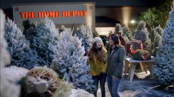 The Home Depot Black Friday Savings TV Spot, 'Magical Touches: Artificial Trees' - Thumbnail 5