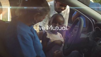 MassMutual TV Spot, 'The Unsung: Inspiring Acts of Mutuality' Song by Sam & Dave - Thumbnail 10
