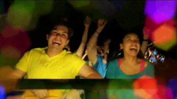 Six Flags Cyber Sale TV Spot, 'Holiday in the Park: 65 Percent Off' - Thumbnail 4