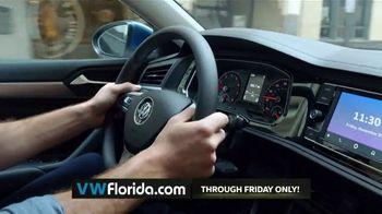 Volkswagen Better Year-End Clearance TV Spot, 'Black Friday: 2019 Jetta' [T2] - Thumbnail 5