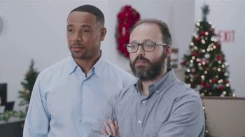 Walmart App TV Spot, 'Holiday Wreath' Featuring Tony Dungy, Rodney Harrison - 3 commercial airings
