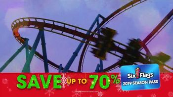 Six Flags Cyber Sale TV Spot, 'Holiday in the Park: Gold Upgrade' - Thumbnail 6