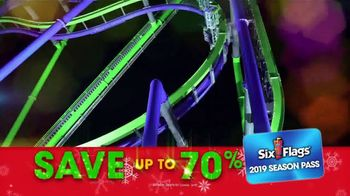 Six Flags Cyber Sale TV Spot, 'Holiday in the Park: Gold Upgrade' - Thumbnail 7