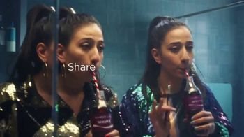 Coca-Cola TV Spot, 'Donna Shares With Diane' - Thumbnail 7