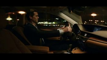 2018 Lexus ES TV Spot, 'Amazing Machine' [T2] - Thumbnail 4