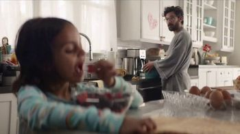 Walmart TV Spot, 'Free Grocery Pickup: Bread and Butter'