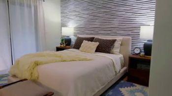 Wayfair TV Spot, 'Brother vs. Brother: Master Bedrooms' - Thumbnail 5
