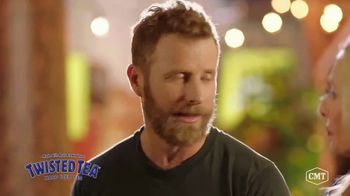 Twisted Tea TV Spot, 'CMT: Backyard Lounge' Featuring Dierks Bentley - Thumbnail 7