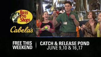 Bass Pro Shops Gone Fishing Event TV Spot, 'Nothing Better: Cargo Shorts' - Thumbnail 6