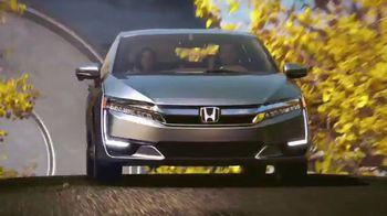 2018 Honda Clarity Plug-in Hybrid TV Spot, 'Beyond the Battery' [T1] - Thumbnail 7