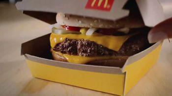 McDonald's Quarter Pounder TV Spot, 'Jugosa' [Spanish] - Thumbnail 1