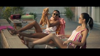 Macy's Summer Sale TV Spot, 'Remarkable' Song by Brenton Wood - Thumbnail 6