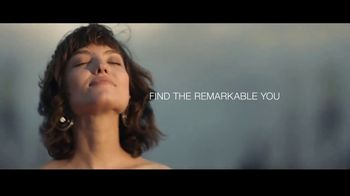 Macy's Summer Sale TV Spot, 'Remarkable' Song by Brenton Wood - Thumbnail 7
