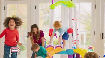 Little Tikes Fun Zone Tumblin' Tower Climber TV Spot, 'Buckets of Fun' - Thumbnail 2