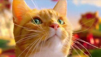 Friskies Extra Gravy Pate and Chunky TV Spot, 'Friskies World' - Thumbnail 2