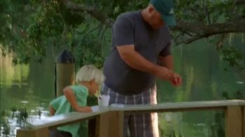 Bass Pro Shops Gone Fishing Event TV Spot, 'Earthworm: T-Shirts & Coolers' - Thumbnail 2