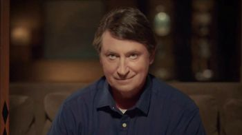 Hulu TV Spot, '2018 Stanley Cup Final: Game 4' Featuring Wayne Gretzky - Thumbnail 4