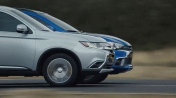 2018 Mitsubishi Outlander TV Spot, 'Separated at Birth' [T1] - Thumbnail 2