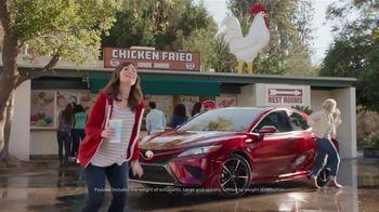 Toyota Summer Starts Here TV Spot, 'Summer Events' [T2] - Thumbnail 6