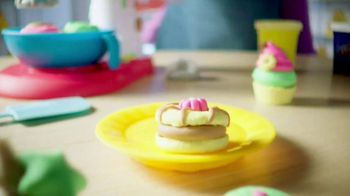 Play-Doh Kitchen Creations TV Spot, 'Disney Channel: Mix Things Up' - Thumbnail 6