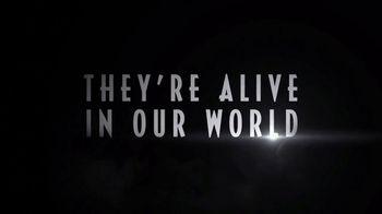 Jurassic World Alive TV Spot, 'The Search' - Thumbnail 9