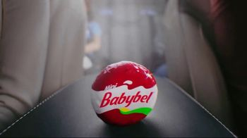 Mini Babybel TV Spot, 'Car Snacks' - Thumbnail 7
