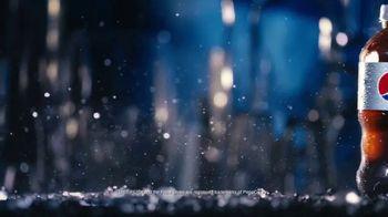 Diet Pepsi TV Spot, 'Light, Crisp, Refreshing: Bottle' - Thumbnail 2