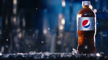 Diet Pepsi TV Spot, 'Light, Crisp, Refreshing: Bottle' - Thumbnail 4