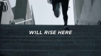 FIJI Water Sports Cap TV Spot, 'Rise' - Thumbnail 7