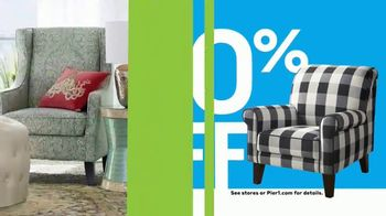 Pier 1 Imports Indoor & Outdoor Furniture Sale TV Spot, 'Get Comfy' - Thumbnail 4
