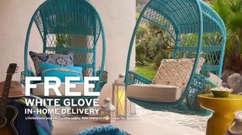 Pier 1 Imports Indoor & Outdoor Furniture Sale TV Spot, 'Get Comfy' - Thumbnail 6