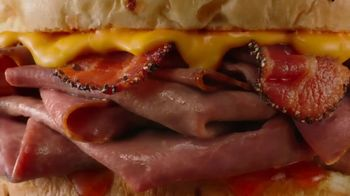 Arby's Bacon Beef 'N Cheddar TV Spot, 'Extra' - Thumbnail 3