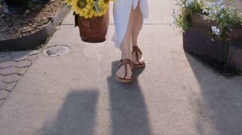 Gold Bond Ultimate Pedi Smooth TV Spot, 'Keep Feet Sandal Ready' - Thumbnail 1