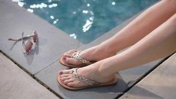 Gold Bond Ultimate Pedi Smooth TV Spot, 'Keep Feet Sandal Ready' - Thumbnail 7