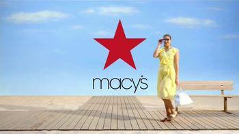 Macy's Venta de Verano TV Spot, 'Zapatos, cama y baño' [Spanish] - Thumbnail 9