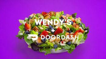 Wendy's Berry Burst Chicken Salad TV Spot, 'Short on Time?' - Thumbnail 10