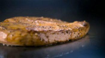 Wendy's Berry Burst Chicken Salad TV Spot, 'Short on Time?' - Thumbnail 4