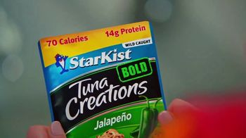 StarKist Tuna Bold Creations TV Spot, 'Zipline' Feat. Candace Cameron Bure - Thumbnail 5