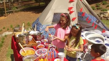 Target TV Spot, 'Travel Channel: What We're Loving: Glamping Party' - Thumbnail 5
