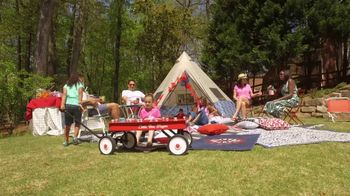 Target TV Spot, 'Travel Channel: What We're Loving: Glamping Party' - Thumbnail 7