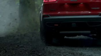 Jeep TV Spot, 'Jeep Jurassic: Have We Met' Featuring Jeff Goldblum [T1] - Thumbnail 5