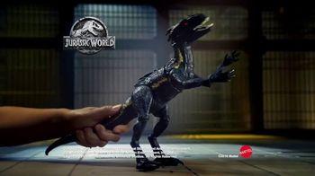 Jurassic World Grab 'N Growl Indoraptor TV Spot, 'On a Rampage' - Thumbnail 7
