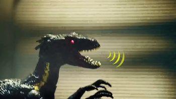 Jurassic World Grab 'N Growl Indoraptor TV Spot, 'On a Rampage' - Thumbnail 4